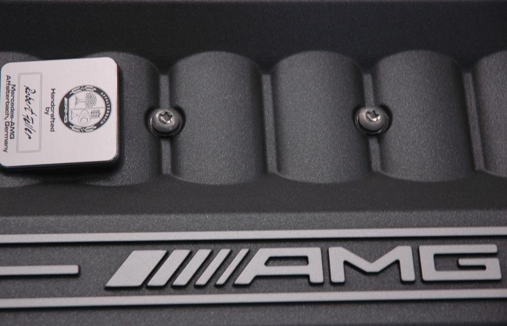 Mercedes-AMG: Ein Mann, ein Motor – das gibt es schriftlich.