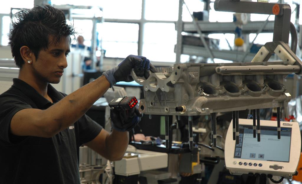 Mercedes-AMG: In der Motorenproduktion in Affalterbach.