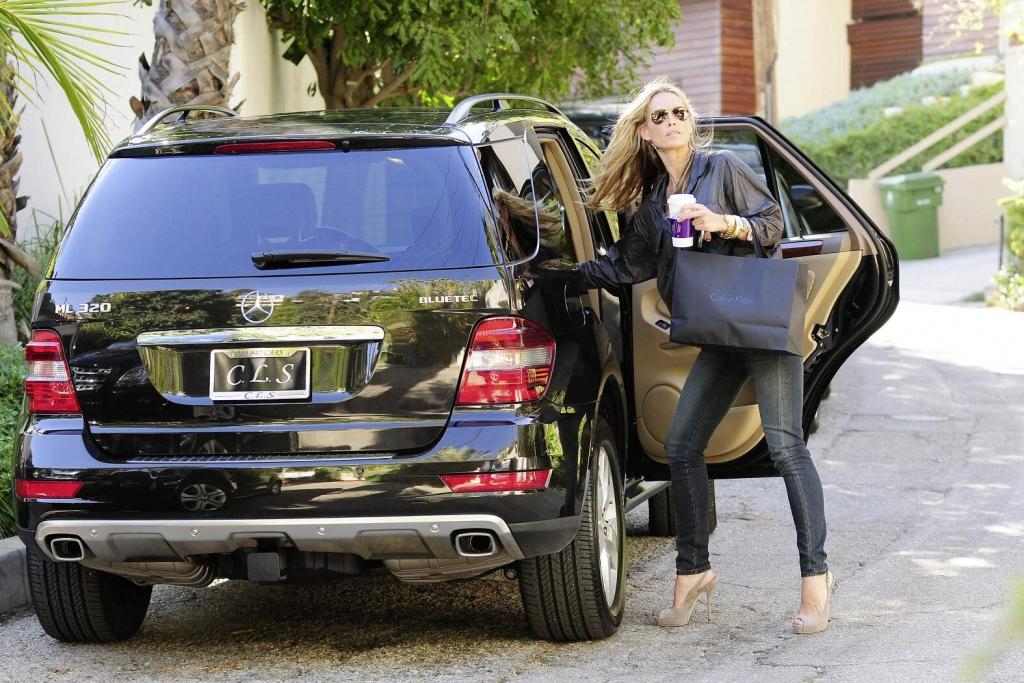 Mercedes-Benz BlueTEC: Molly Sims (Credit: StarTracks)