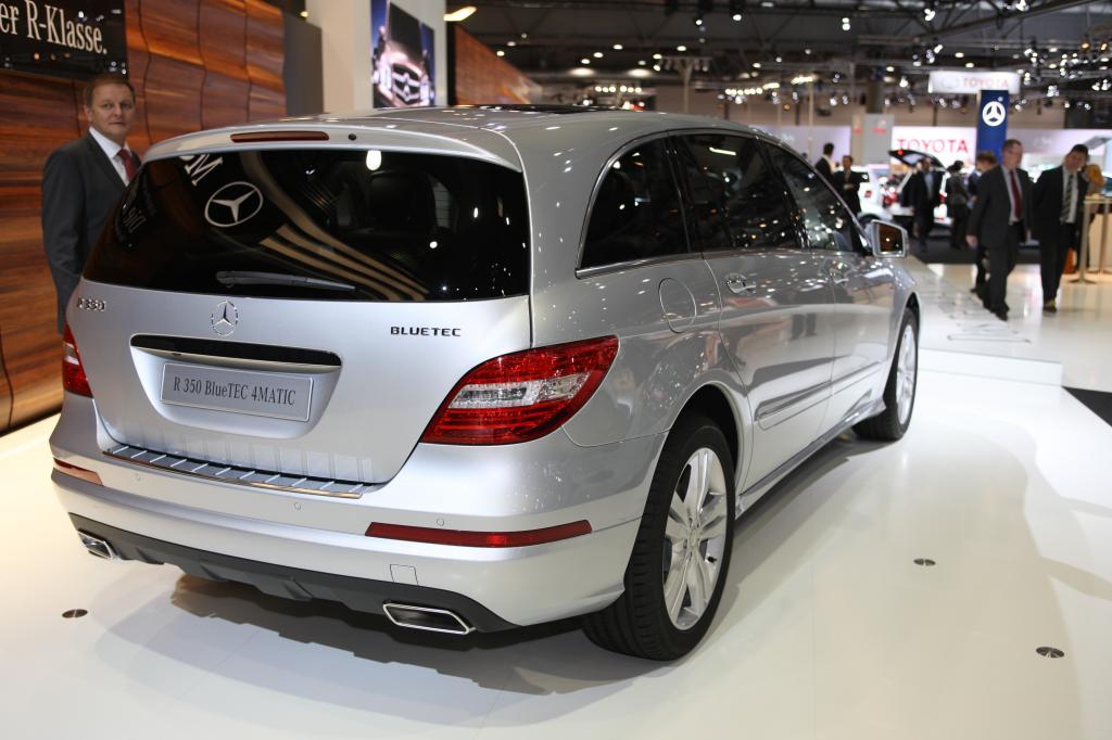 Mercedes-Benz R350 Bluetec 4Matic.
