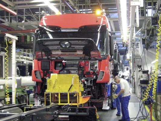 Mercedes-Benz beendet vorzeitig die Kurzarbeit