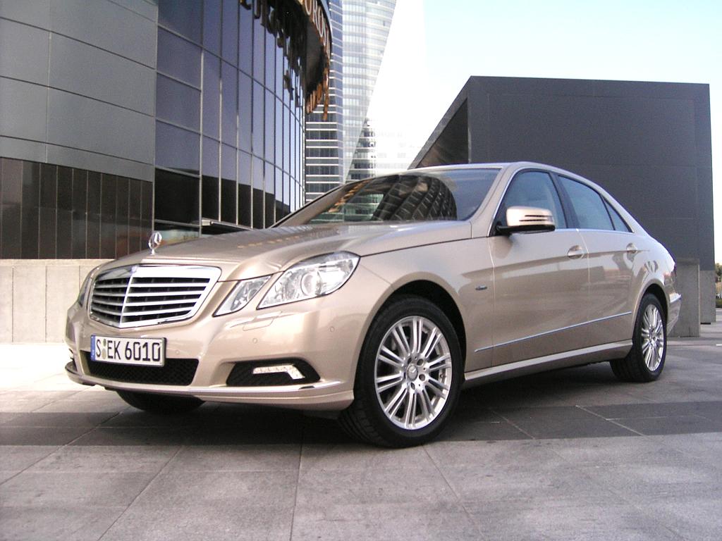 Mercedes E-Klasse: So sieht die Normalversion der Limousine aus.