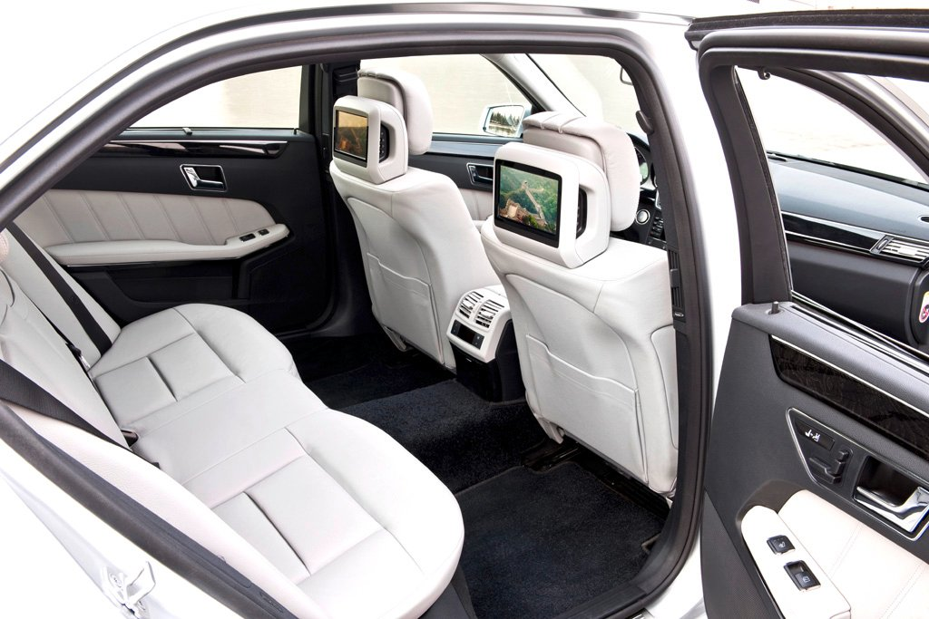 Mercedes E-Klasse lang: Blick in den Innenraum.