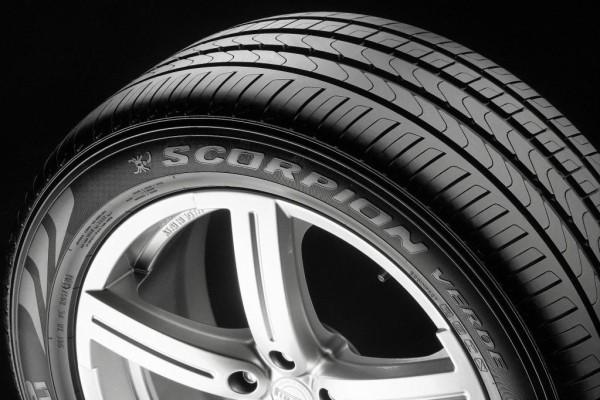 Neue Reifen von Pirelli: Außen schwarz - innen grün
