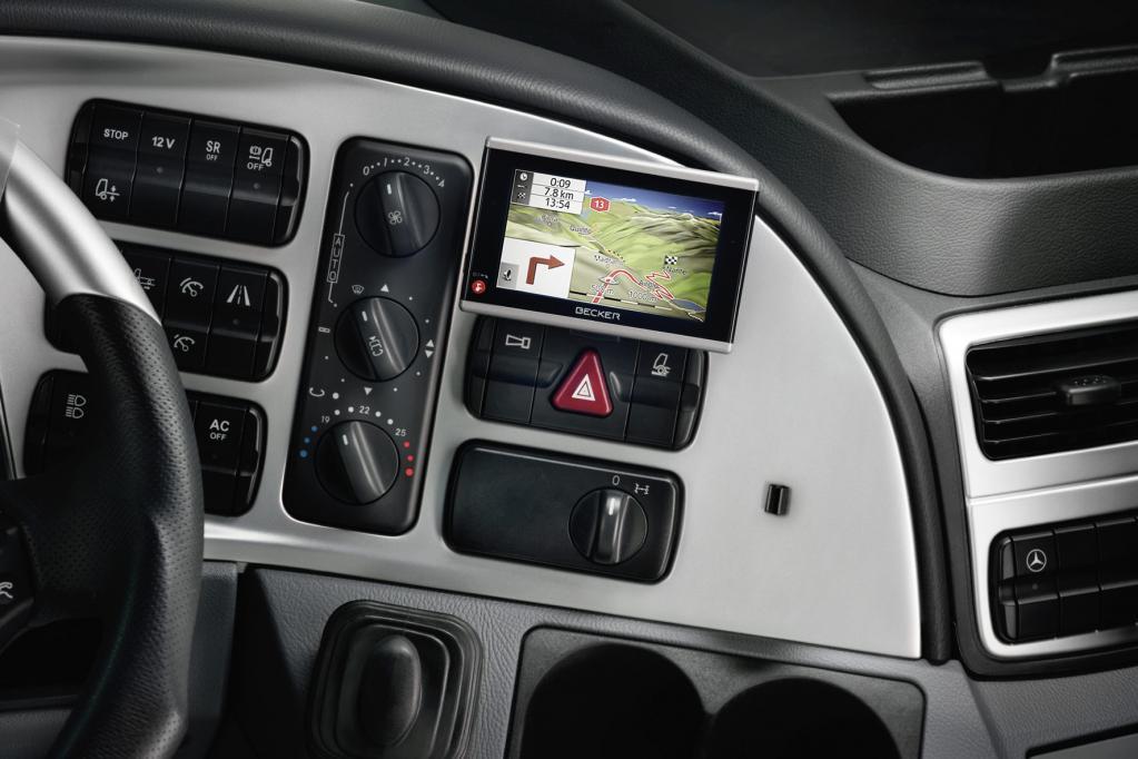 Neues Lkw-Navi für Mercedes Actros, Axor und Atego