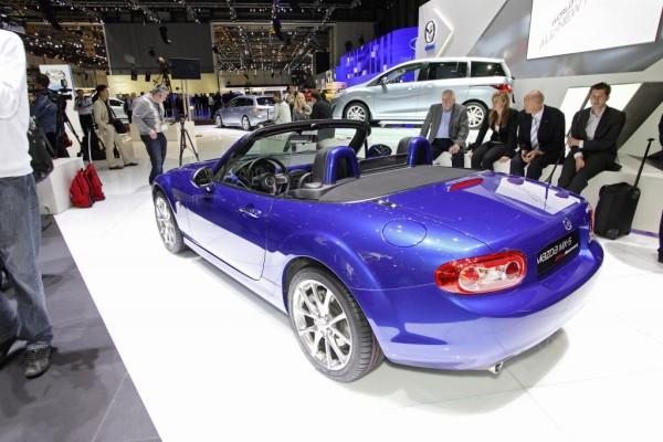 Online-Korso mit dem Mazda MX-5