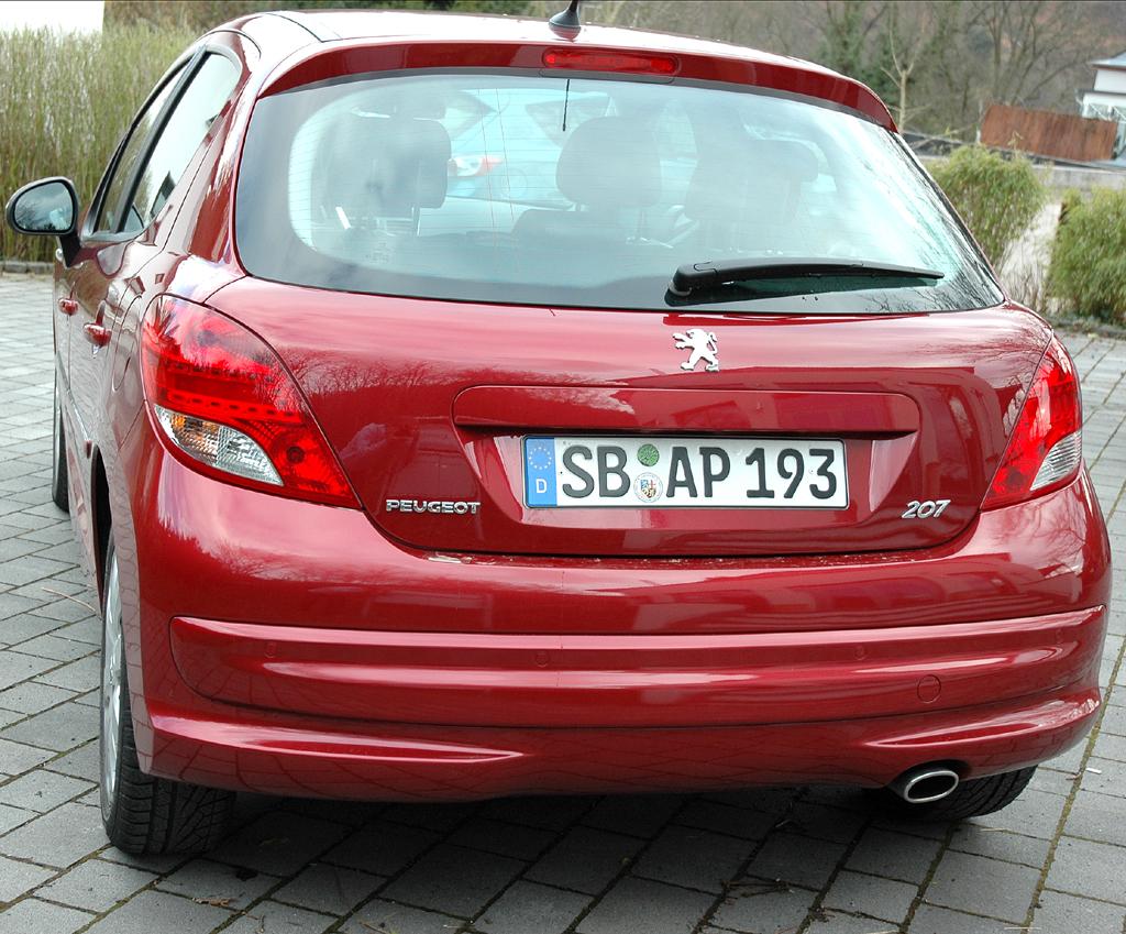Peugeot 207: Heckansicht.