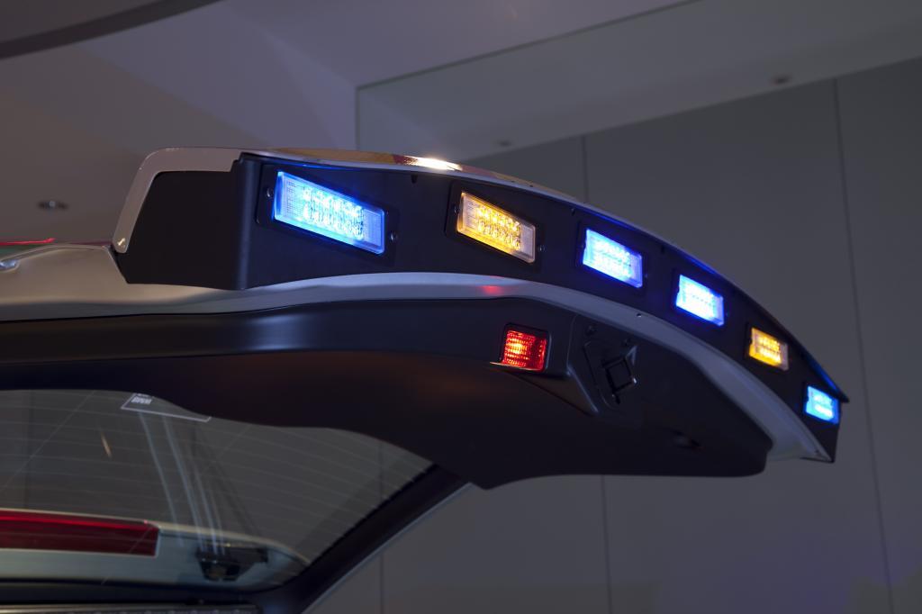 Polizei testet speziellen BMW X 3 für die Autobahn