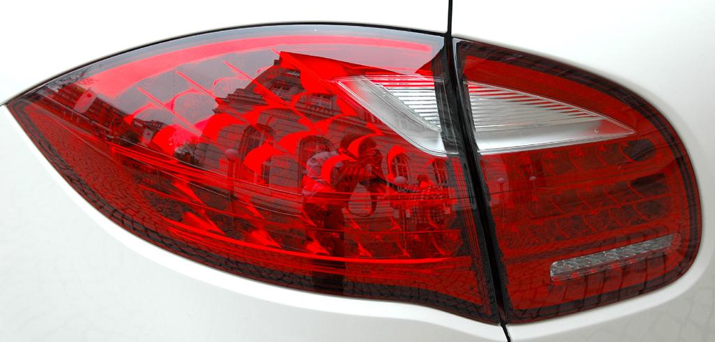Porsche Cayenne: Leuchteinheit hinten.