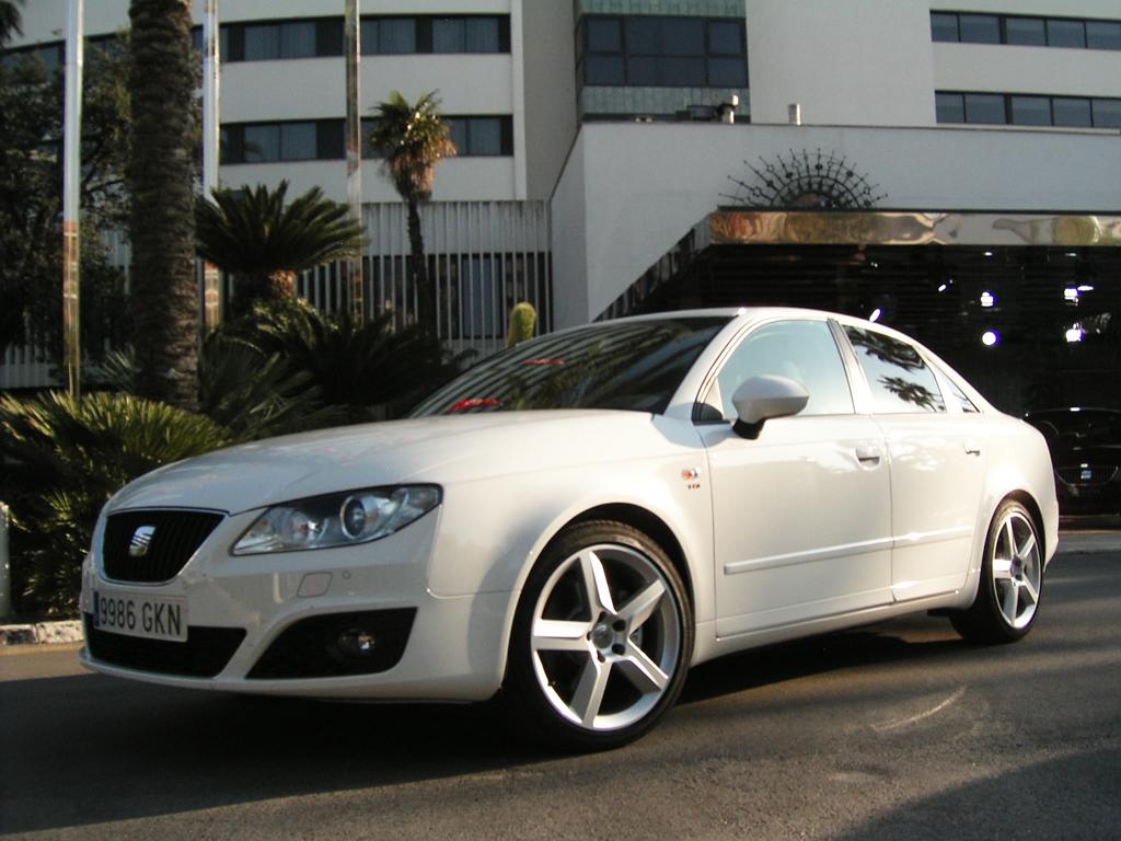 Seats Exeo-Limousine auf Audis voriger A4-Plattform.