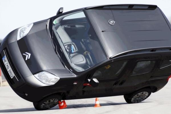 Umgekippt: Citroëns Nemo legt's auf die Seite, PSA reagiert
