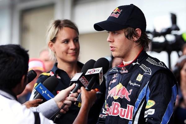 Vettel amüsiert Diskussion um Fahrhöhe: Ein Kompliment