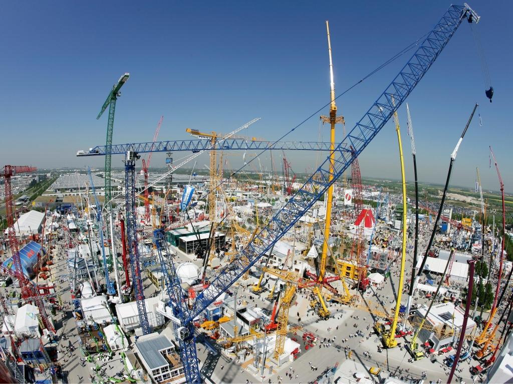 bauma 2010: Fachmesse der Bau- und Bergbaubranche öffnet in München