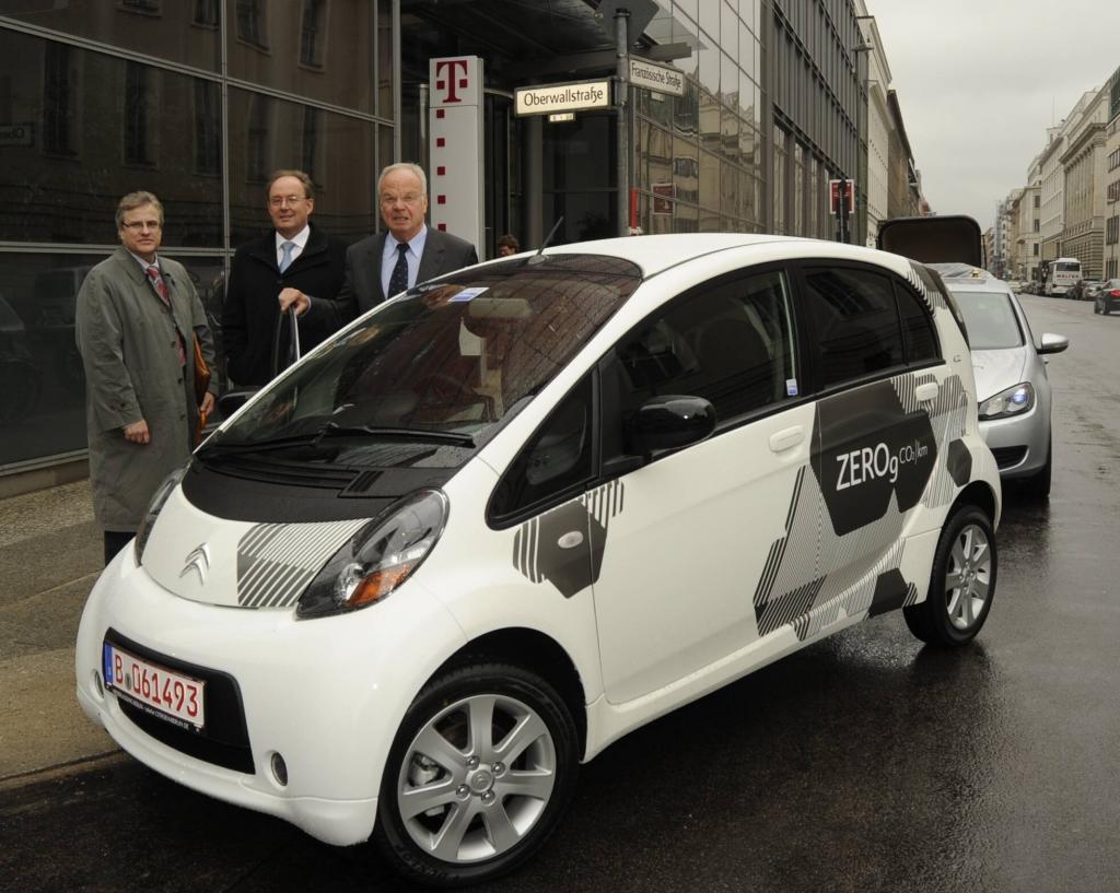 Im Citroën C-Zero zum Elektroautogipfel