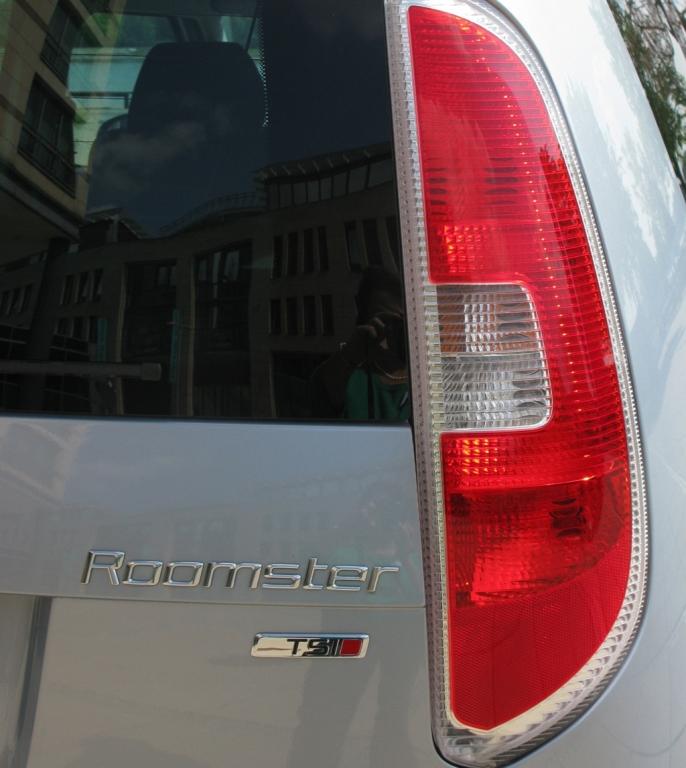 Škoda Roomster: Leuchteinheit hinten.