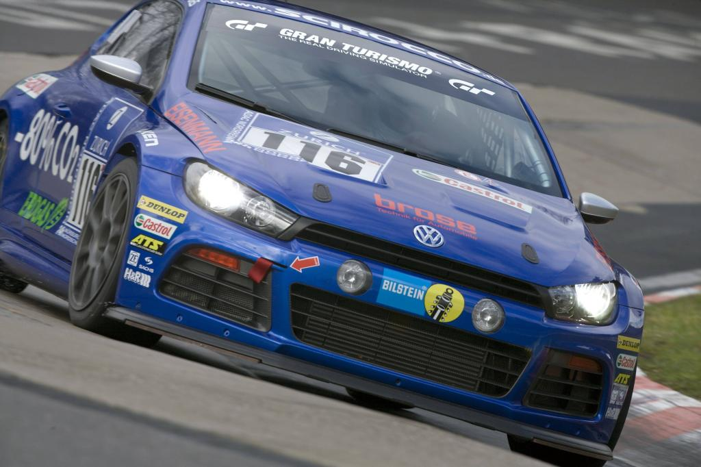 24-Stunden-Rennen Nürburgring 2010: VW Scirocco startet auf Dunlop