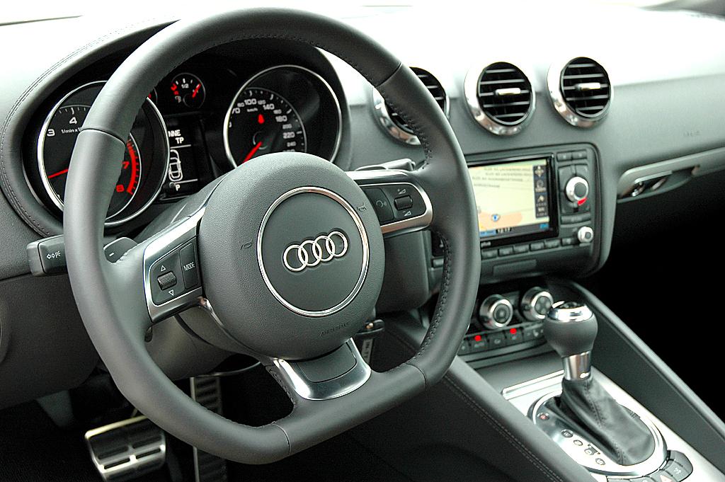 Audi TT: Blick ins Cockpit.