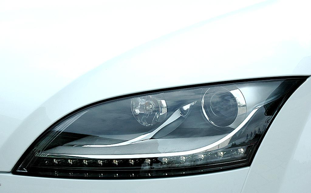 Audi TT: Leuchteinheit vorn.