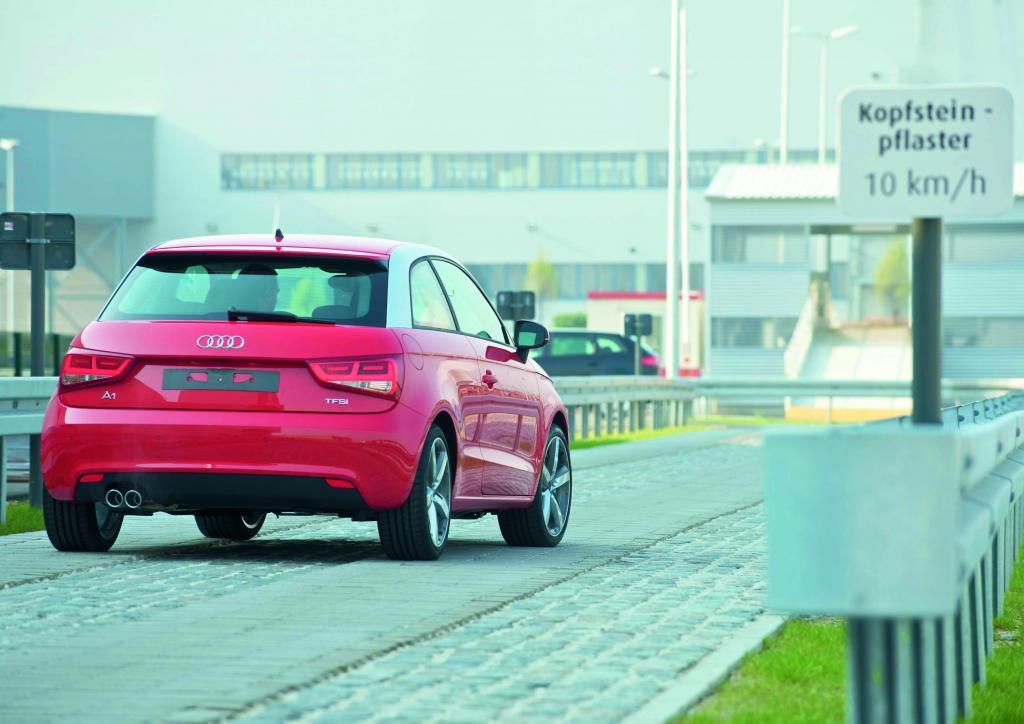 Audi-Werk Brüssel: Ein A 1 auf der Teststrecke.