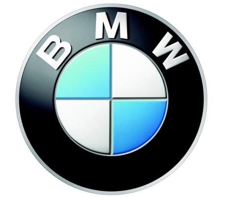 BMW legt auch im April zweistellig zu