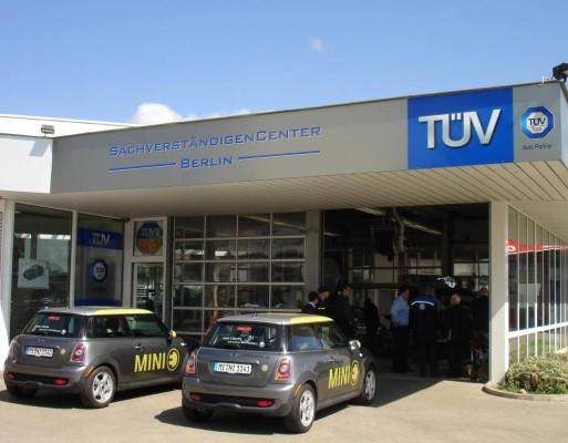 Berlin: MINI E besteht erste Hauptuntersuchung beim TÜV Süd