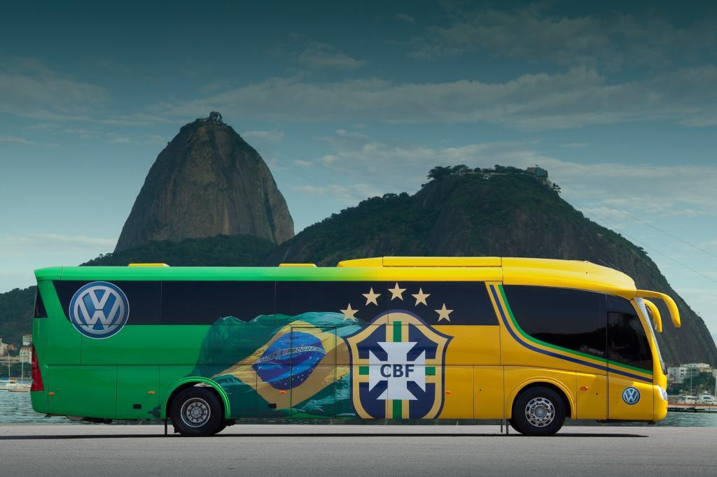 Brasilianische Fußballnationalmannschaft reist im MAN