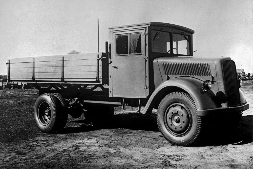 Daimler-Benz L 701 (Opel Blitz): 3,3 Tonnen Nutzlast bei 5,8 Tonnen Gesamtgewicht machten den Benziner-Lkw in seiner Nutzlastklasse äußerst attraktiv.
