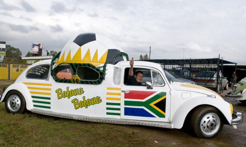 Der Erfinder Wynand Viljoen in seinem WM-Beetle, Foto von: mediaclubsouthafrica.com