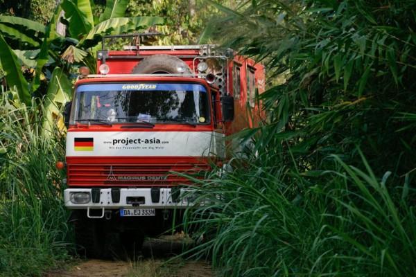 Deutsches Feuerwehrauto erreicht Singapur