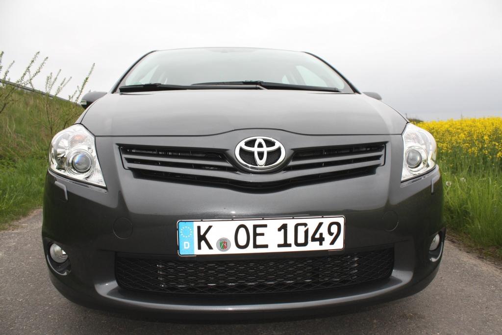 Fahrbericht Toyota Auris 2.0 D- 4D, Modell 2010: Mehrwert rundum