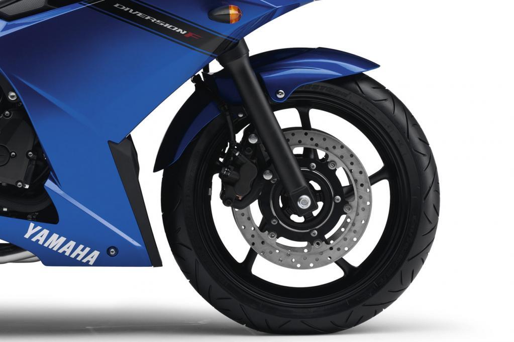 Fahrbericht Yamaha XJ6 Diversion F ABS: Ab durch die Mitte