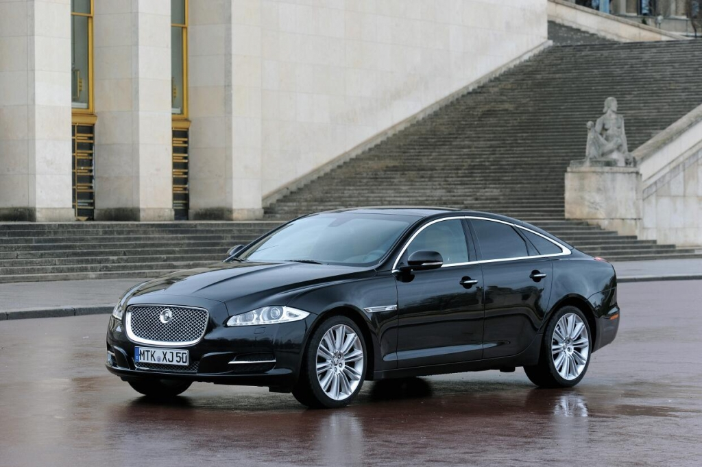 Jaguar XJ: Leichtbau-Limousine mit schwerem Erbe