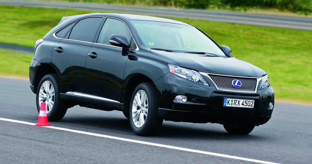Lexus lädt zu Vergleichsfahrten mit dem RX 450 h ein