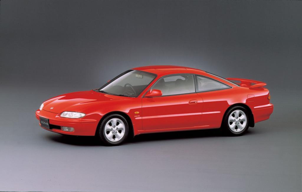 Mazda MX-6.