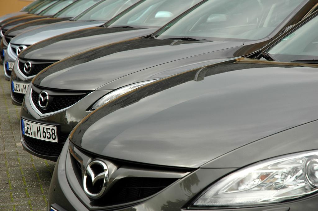 Mazda aktuell: 6er-Parade bei der Frühjahrsroadshow in Geisenheim.