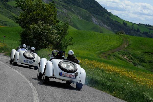Mille Miglia: Eine kleine Reise um die Welt