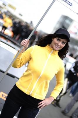 Motorsport-Arena Oschersleben sucht das ''Grid-Girl 2010''