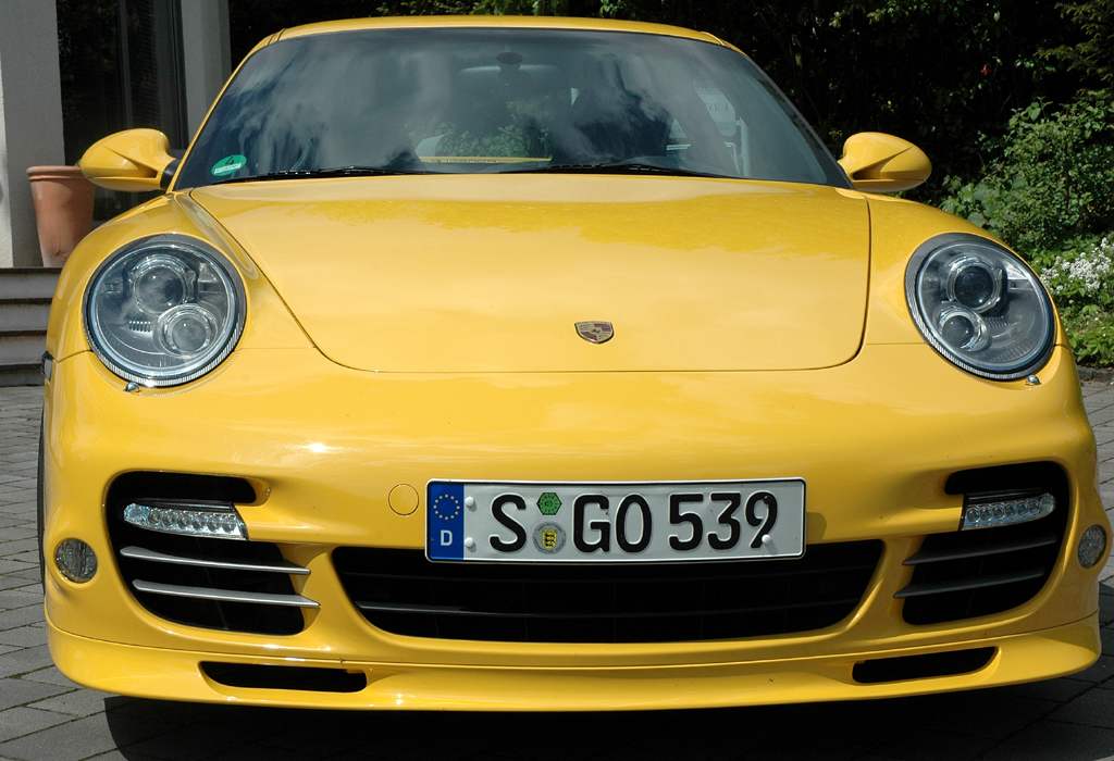 Porsche 911 Turbo: Frontansicht.