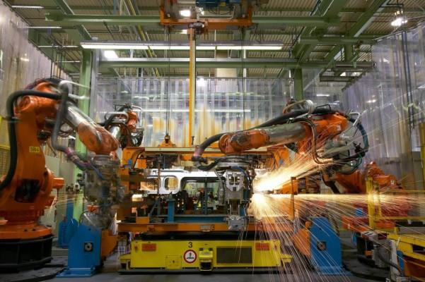 Porsche bestellt mehr als 100 neue ABB-Roboter