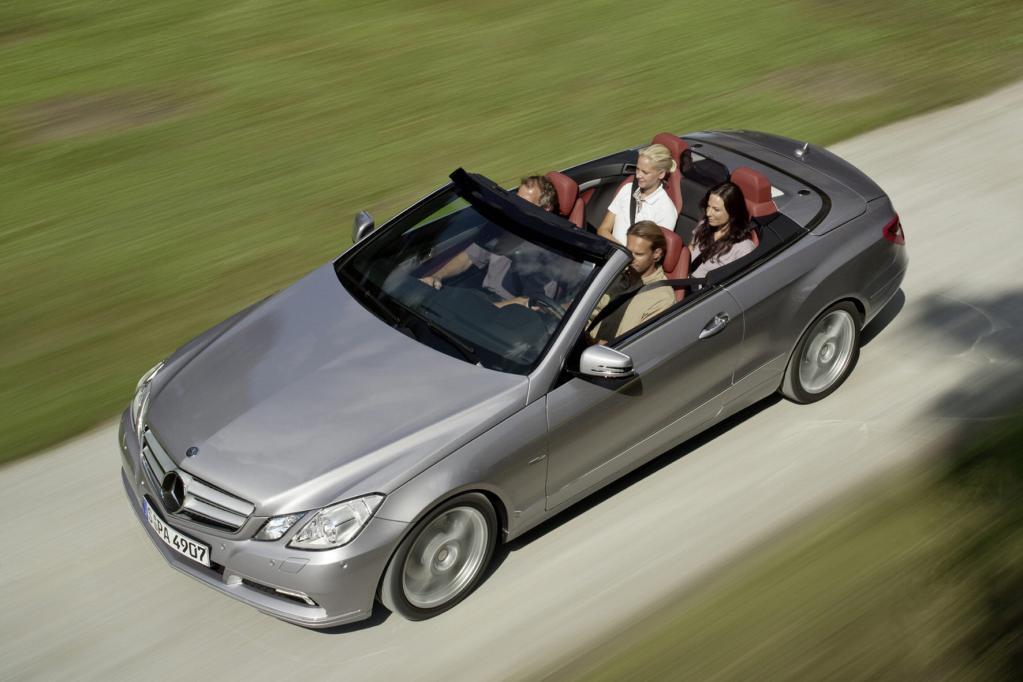 Ratgeber: Cabrio-Fahrer müssen sich gegen Widrigkeiten wappnen