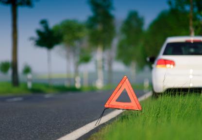 Ratgeber: Richtiges Verhalten bei Panne oder kleinem Unfall