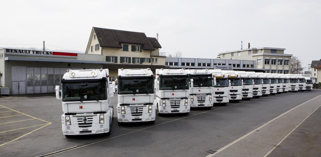 Renault Trucks liefert 15 Lkw für das Sauber-Team