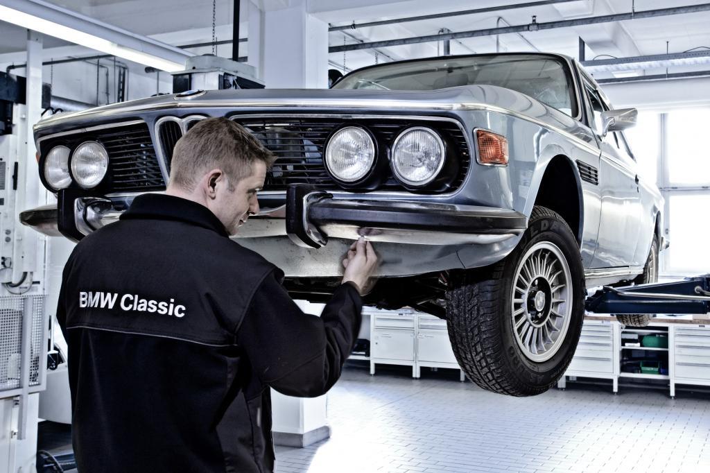 Restaurierung in der Kundenwerkstatt von BMW Classic.