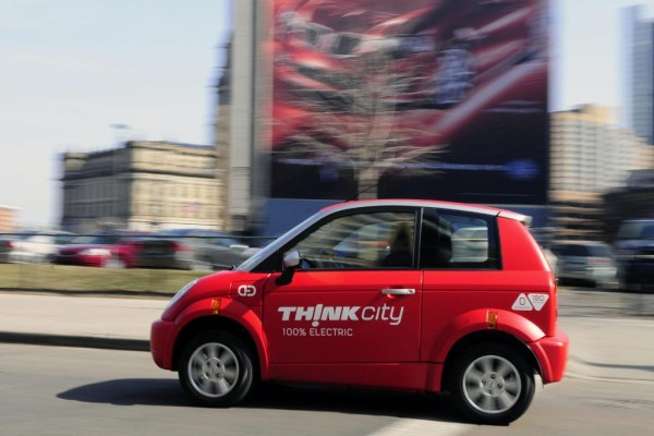 Schweizer Einzelhandels-Riese verkauft Elektroautos