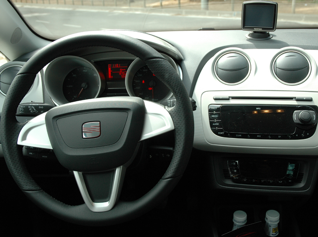 Seat Ibiza ST: Blick ins Cockpit.