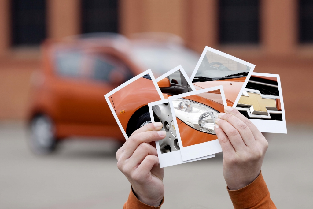 """Siegerarbeit """"Orange"""" in der Kategorie Fotografie (Katharina Fedder und Monika Jaksic von der Mediadesign Hochschule Düsseldorf)"""