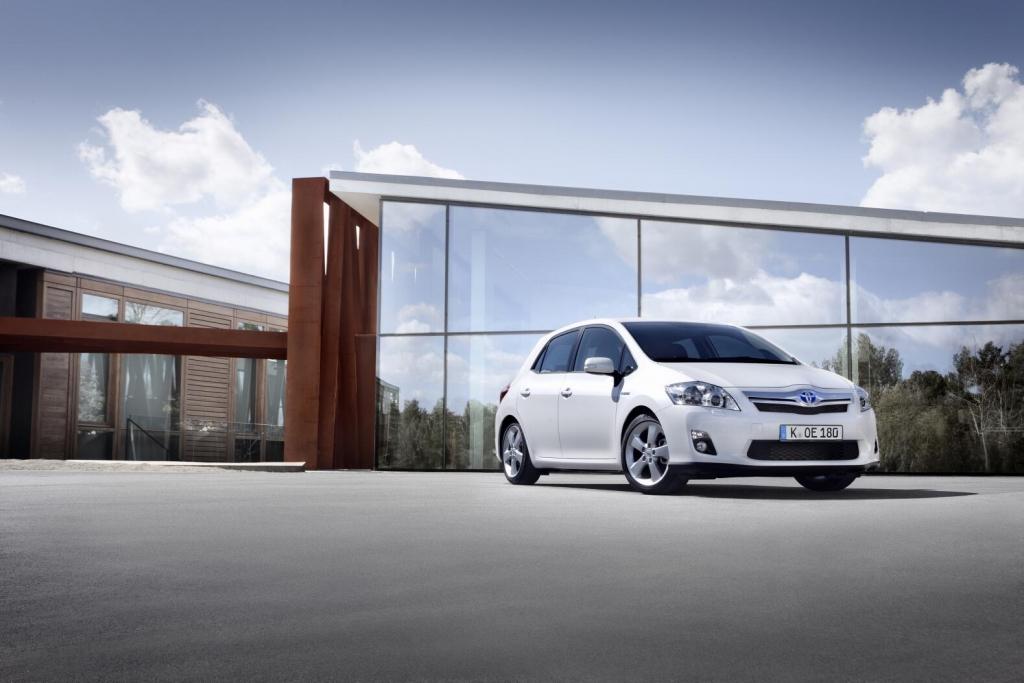 Toyota Auris Hybrid: Öko-Antrieb für die Massen