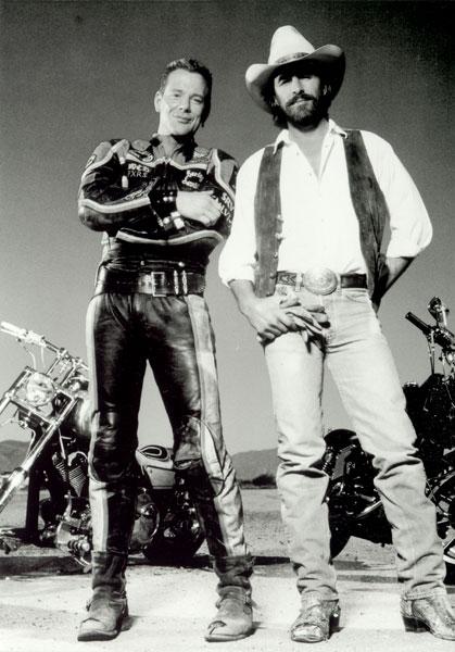 Unser Platz 2 der coolsten Biker-Filme aller Zeiten: Harley Davidson & The Marlboro Man, Bild von: film_virtual_history.com
