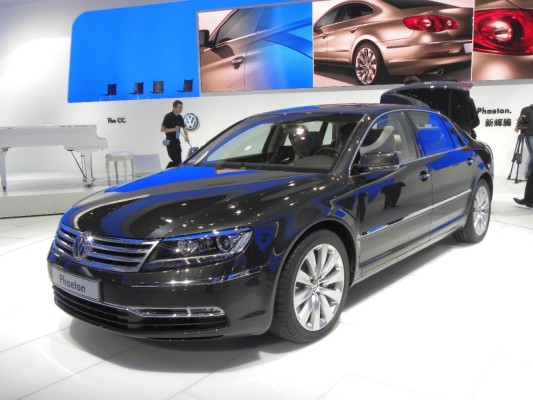 VW Phaeton kostet in Deutschland ab 66 500 Euro