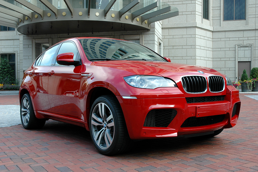 Wenn Frauen (Männer-)Autos entwerfen: Neuer M-BMW X6.